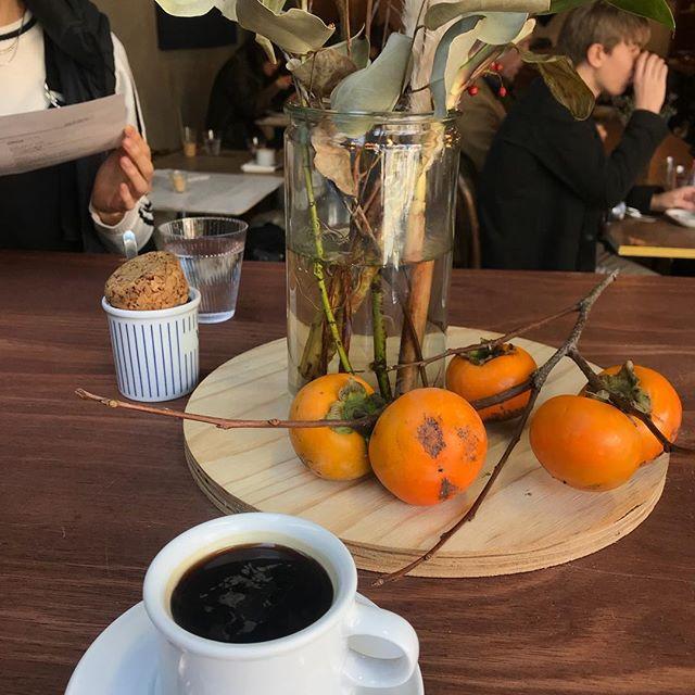 東京での用事をあちこち。午前中はかかりつけの歯医者さんで定期検診。そして今からランチ。元谷中のヤマト運輸のところがカフェになっていました。#カフェ #ランチ #谷中 #CIBI