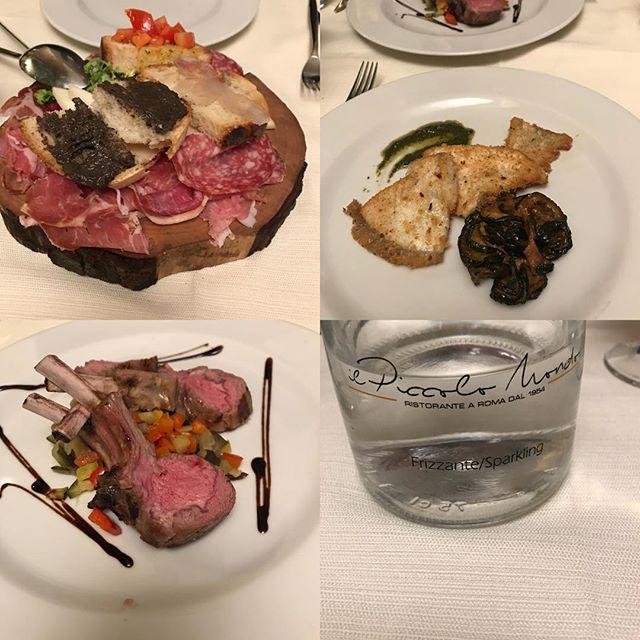 ローマ観光3日目の夕飯。レストラン独自のお水のボトルがありました。前菜はチーズとハムの盛り合わせをシェア。メインはタラのムニエルとラム肉。パスタはいかが?デザートはいかが?コーヒーはいかがでしょう?と聞かれるのですが、お腹一杯で食べられないのでお断りしました。この年齢だと、もうそんなに食べられない(≧∀≦)#ローマ #イタリア #海外旅行 #roma #itary