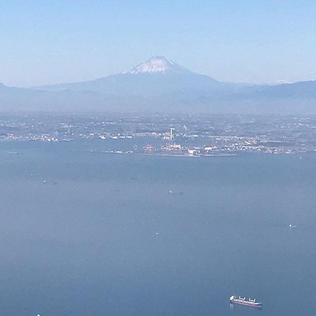 無事に日本に帰りました。機内から富士山が見えました!#日本 #帰国 #富士山 #羽田空港 #japan #hujisan