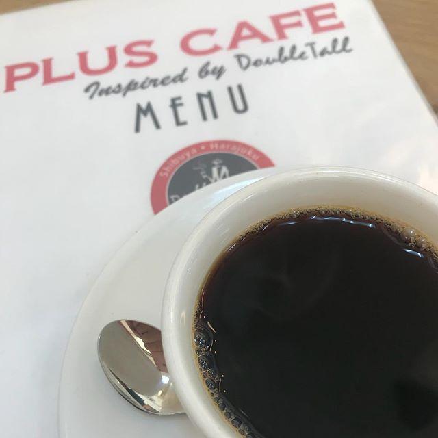大曲駅のPLUS CAFE「さんびぃからコーヒー無料で飲まへるとっ!」