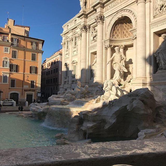 ローマ観光初日 トレヴィの泉