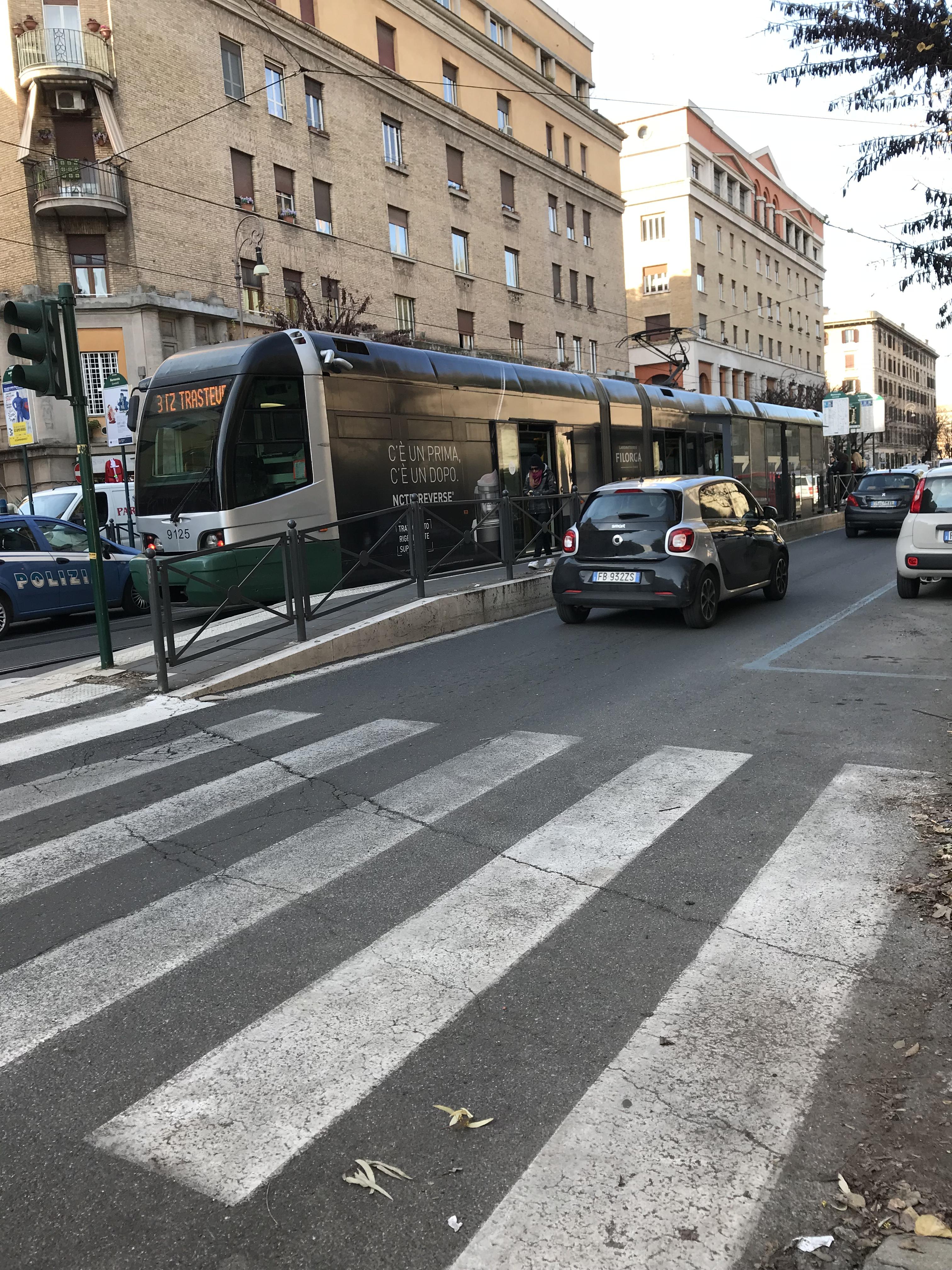 ローマのトラム(市電)に乗ってみた
