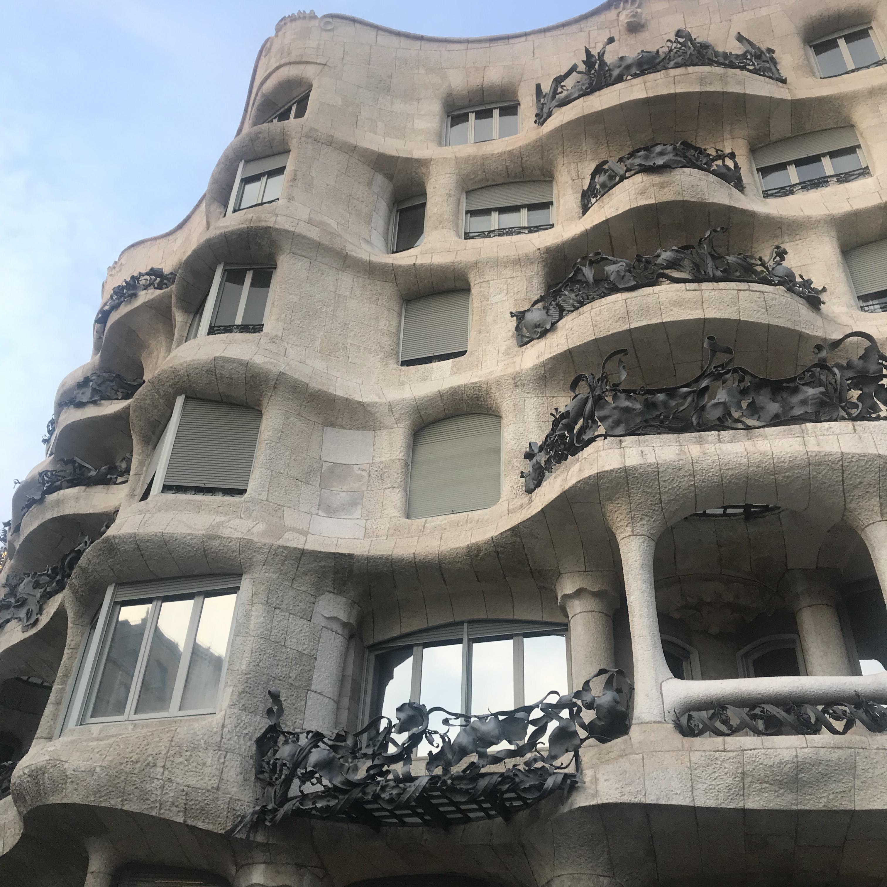 バルセロナ旅行記 カサ・ミラ