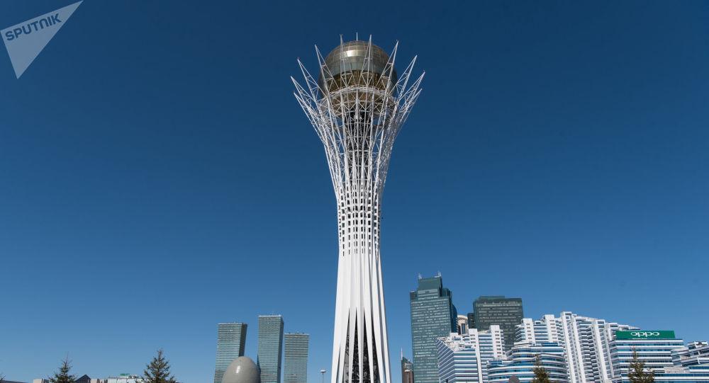 カザフスタンに向けて飛びました