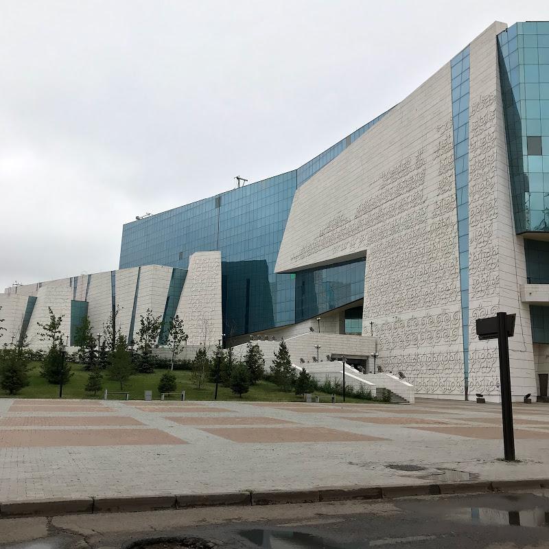カザフスタンへの一人旅 3日目 カザフ国立博物館見学