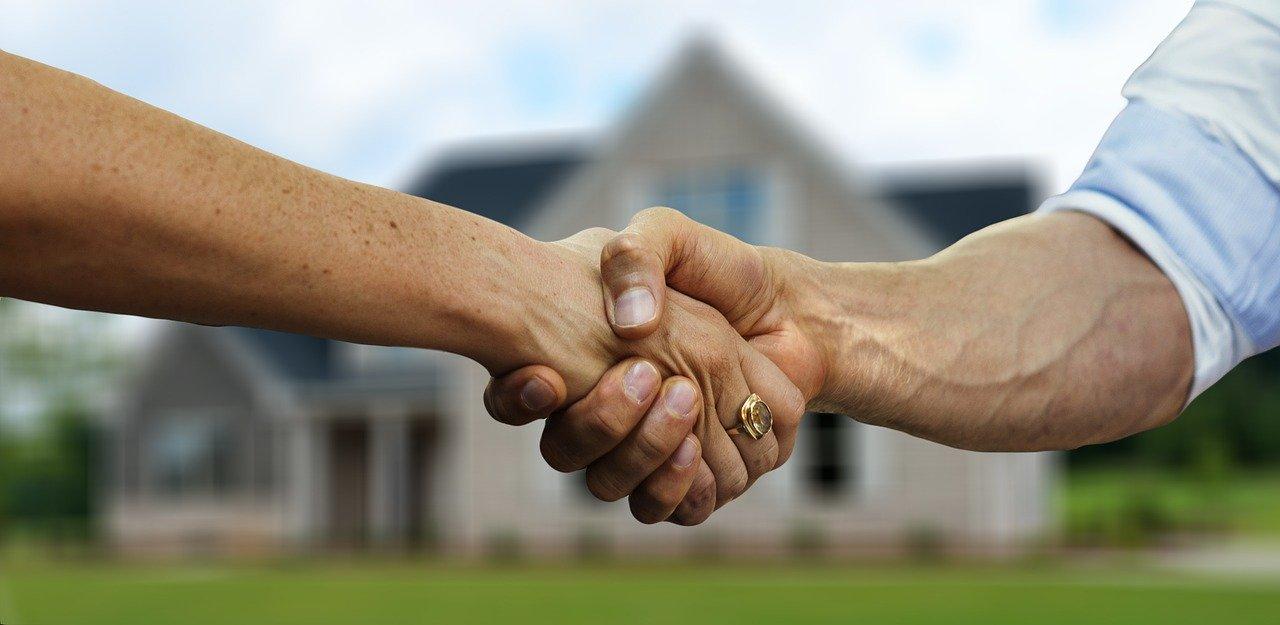 握手拒否 新形コロナウイルス発生後の新しい挨拶の仕方